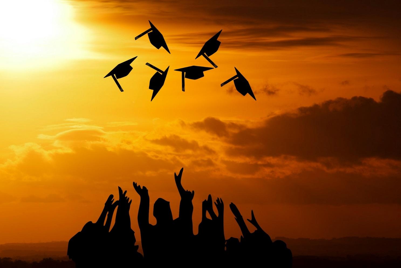 C:\Users\shaikh\Downloads\graduation-3649717_1920.jpg