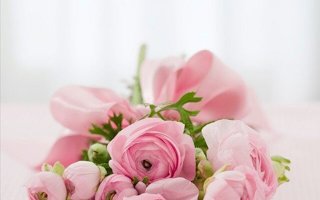 The History of Giving Flowers: 8 Fun Facts You Didn't Know